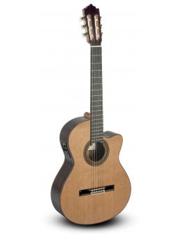 Guitarra Clássica Eletrificada Paco Castillo 224CE